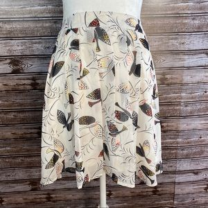 Old Navy- White Pleated Bird Print Mini Skirt